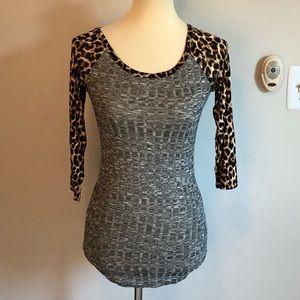 NWT-Rue 21-mixed fabric leopard & gray top